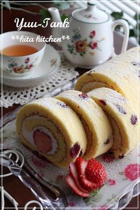 キルシュ☆苺クリームチーズロールケーキ