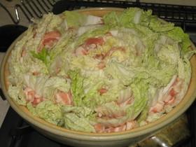 白菜丸ごとぺろり!豚バラ鍋