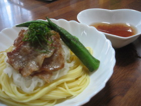 アツひや☆カリカリ豚の冷製梅パスタ☆