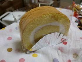 ココナッツパインロールケーキ