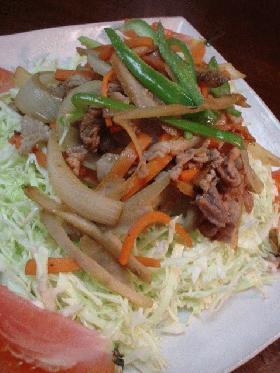 豚肉と根野菜のにんにく生姜焼き