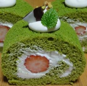いちご抹茶ロールケーキ