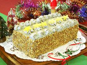 クリスマス黒ゴマクリームケーキ