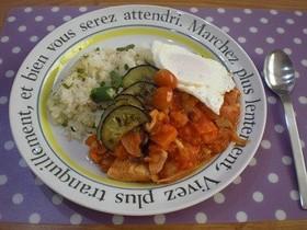 鶏肉とレンズ豆の簡単トマト缶煮込み