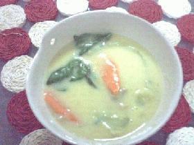 チンゲン菜の豆乳スープ
