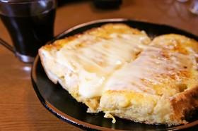 フランスパンのチーズフレンチトースト