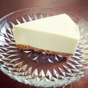 ほんのりシナモン香る♪レアチーズケーキ