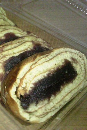 たい焼き風ロールケーキ