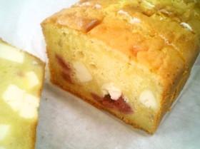 ラズベリーチーズの水玉パウンドケーキ