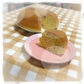 HMで超簡単☆炊飯器でズボライチゴケーキ