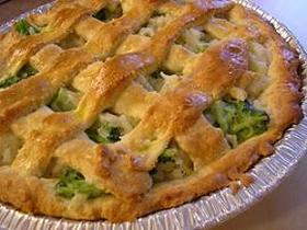 ごはんとブロッコリーのおかずパイ
