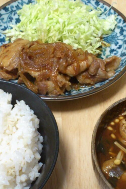 【年末年始に備え節約?!】男の一人暮らし料理レシピまとめ