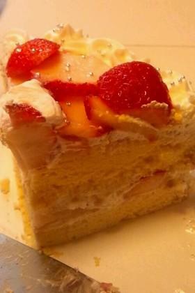 スポンジ美味!基本イチゴのショートケーキ
