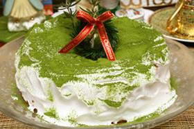 抹茶のクリスマスシフォンケーキ