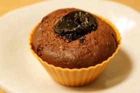 チョコ&プルーンのカップケーキ