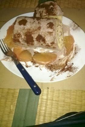 市販のロールケーキをバレンタインように