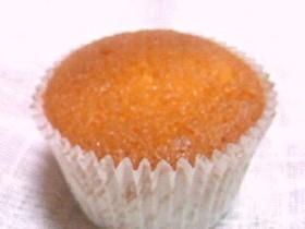 アーモンドとバターが香るカップケーキ