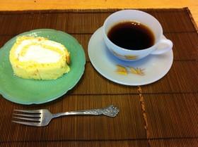 オレンジ&レモンピールのロールケーキ