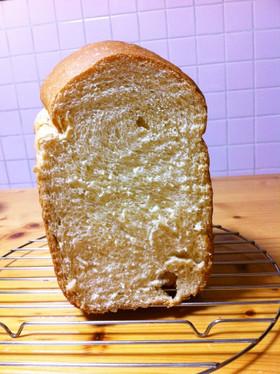 ホームベーカリーでプリン食パン