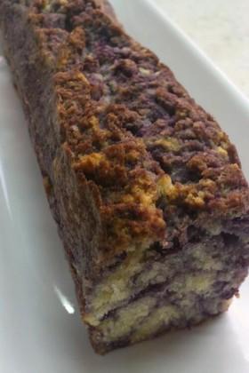 自家製ブルーベリージャムでパウンドケーキ