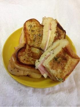 朝食*ランチにハムチーズフレンチトースト