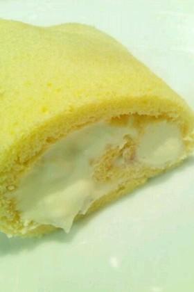 ホワイトチョコとクルミのロールケーキ