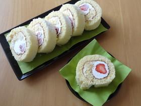 苺とチーズクリームのしっとりロールケーキ