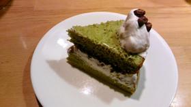 ノンオイルのスポンジケーキ(青汁入り)