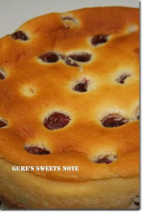 チェリーのスフレチーズケーキ