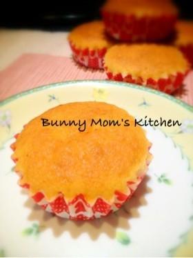ふわっ♡オレンジチーズ風味のカップケーキ