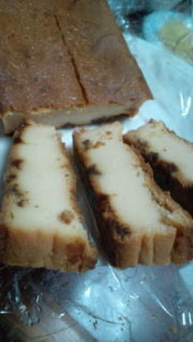 パウンドケーキ チーズ味ラムレーズンin