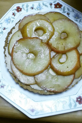 りんごとさつもいもの簡単タルト