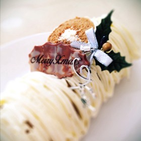 ティラミスロールケーキ
