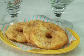 リンゴのドーナッツ