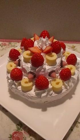 市販ロールケーキで♪2段イチゴケーキ☆