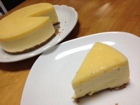 マンゴーとココナッツのレアチーズケーキ