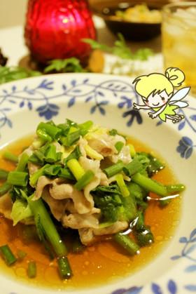 春菊とレタスと豚肉の香味葱スープ仕立て♪