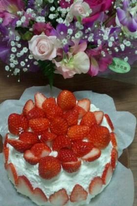 炊飯器☆ホットケーキミックスでスポンジ