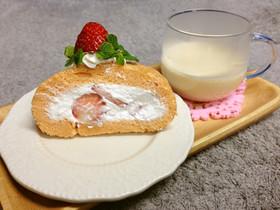 もっちり桜色♪イチゴのロールケーキ♪