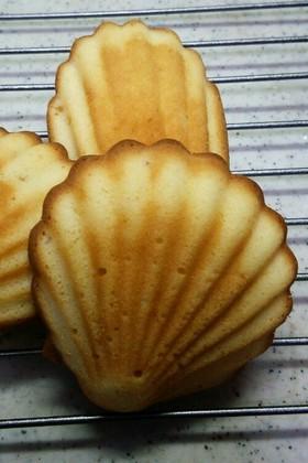 レモンジャムのマドレーヌ風プチケーキ
