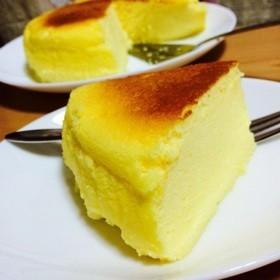 *レモン風味のスフレチーズケーキ*