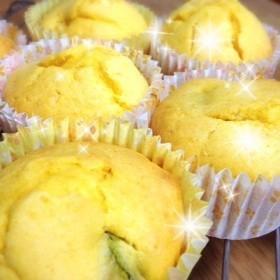チーズの香り♡カボチャのカップケーキ