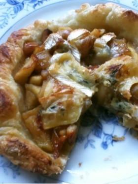 ブルーチーズとりんごのパイ