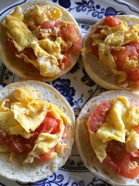 朝のトマたまチーズマフィン