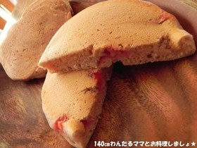 フレッシュいちごで簡単ホットケーキ♪