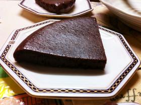 しっとり濃厚!炊飯器で簡単ガトーショコラ
