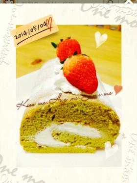 母の日、父の日にフワフワ抹茶ロールケーキ