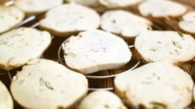 オリーブオイルとはちみつの玄米粉クッキー