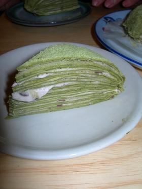 和風抹茶のきなこと小豆のミルクレープ
