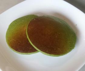 上新粉と豆腐でパンケーキ(抹茶ミルク)